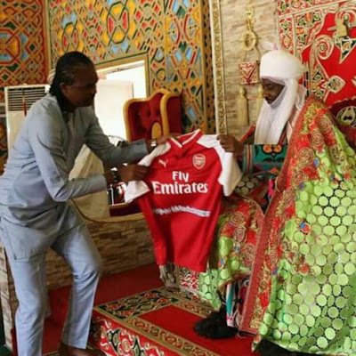 Kanu Nwankwo Visits Emir Sanusi In His Palace Then This Happened (Photos)