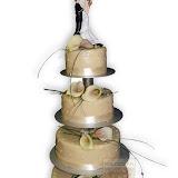 9. kép: Esküvői torták - Esküvői négyszintes figurás virágos torta