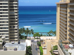 Nice summer south swell hitting Waikiki.