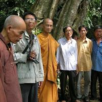 [DCQD-0514] Chuyến thăm phật tử cả nước - Cúc Phương (22/04/2006)