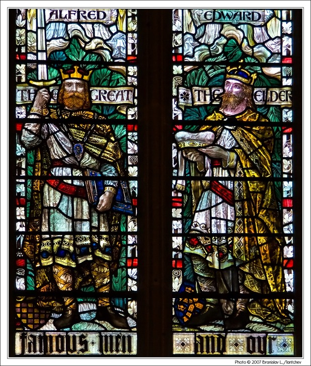 071121-150203 Stained Glass with Kings Alfred the Great and Edward the Elder