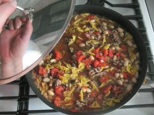[Món ngon] Thịt bò hầm đậu và súp lơ đơn giãn đủ chất