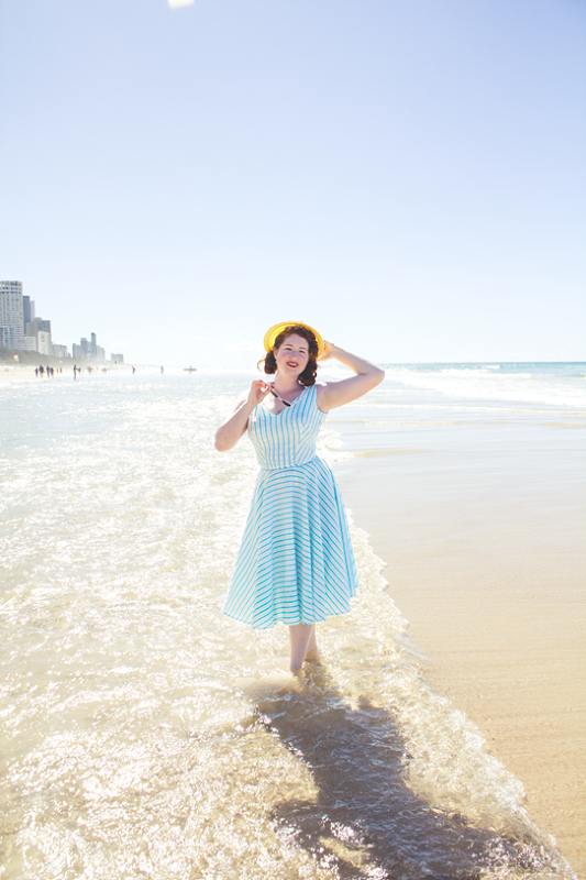 1950's inspired beach fashion at Surfers Paradise | Lavender & Twill