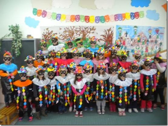 Disfraz Colegios De Arlequín Con Bolsa De Basura Aires De Fiesta