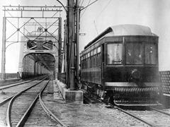 RailTram_19091030_MSC_PremierTramArriveASt-Lambert