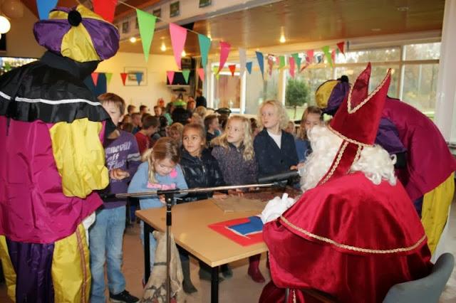 Sinterklaas jeugd 27 11 2013 - IMG_0844%2B%255B800x600%255D.jpg