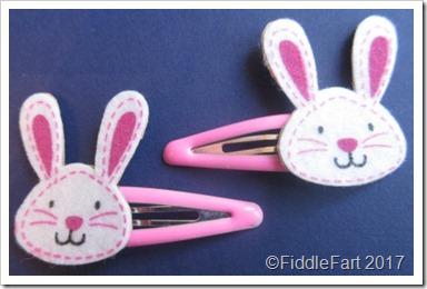 Easter Bunny Hairslides. e