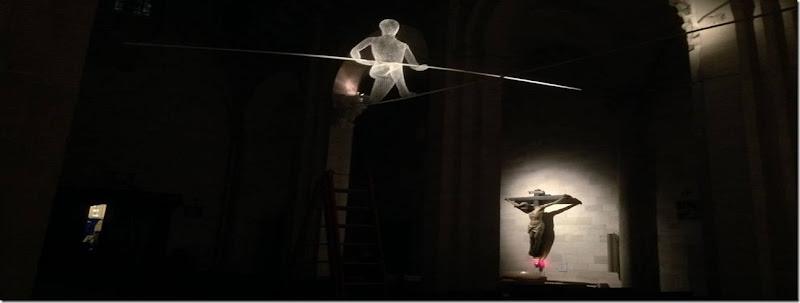RuvoLibera-acrobati head web