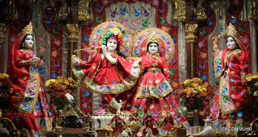 ISKCON Juhu Mangal Deity Darshan on 28th Aug 2016 (18)