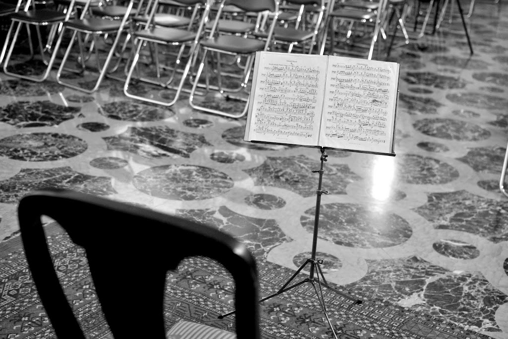Violoncelistul Dan Cavassi - (000a) - (10)