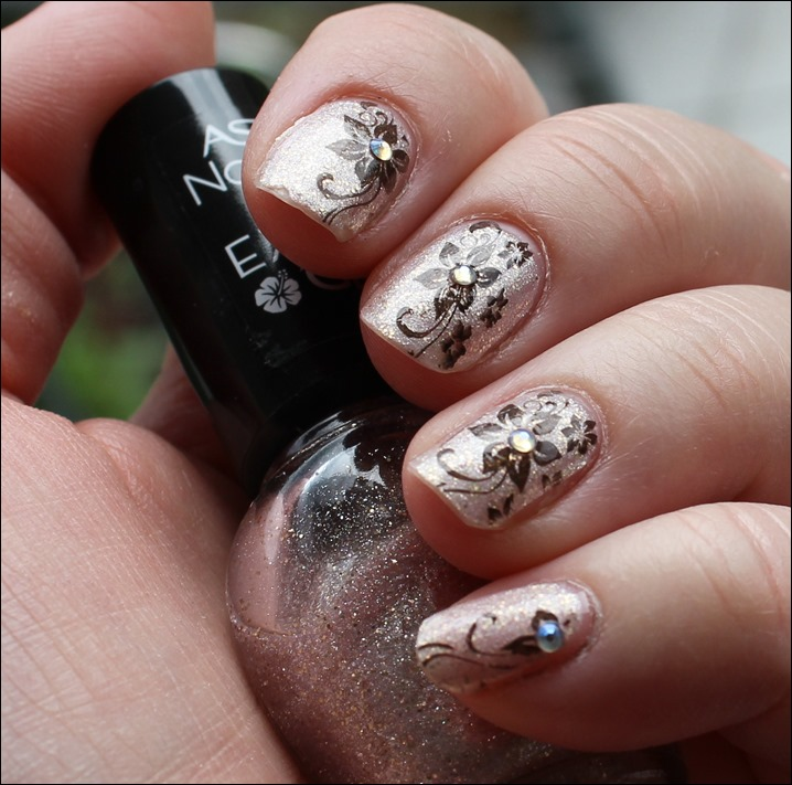 Nail Art Nageldesign Golden Summer Born Pretty BP-34 Stamping 05
