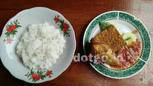 Bebek ali borromeus bandung bebek goreng dan ayam goreng nikmat harga hemat di bandung