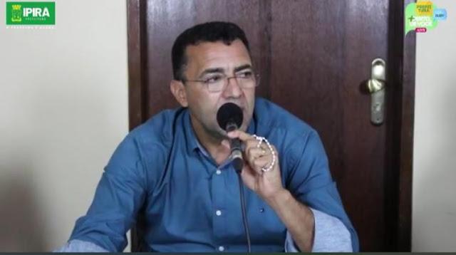 Prefeito de Ipirá expõe débitos milionários e diversas contas bancárias do município zeradas