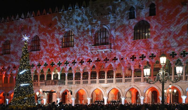 Un magico Natale a Venezia di renzo brazzolotto