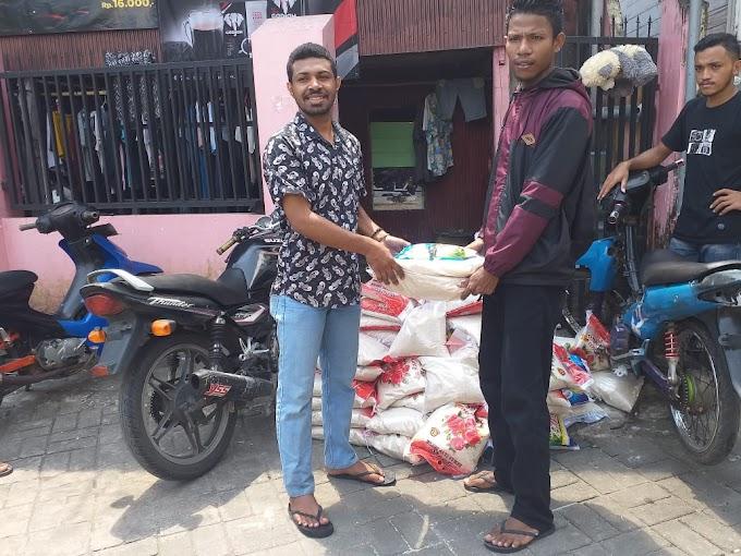 Bentuk Kepedulian, HIMARAMA-Makassar Serahkan Bantuan Beras 80 Karung Kepada Korban Bencana Seroja