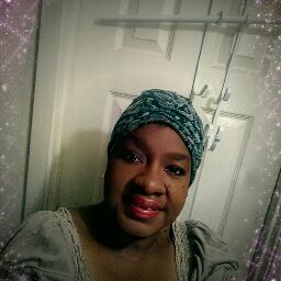 user Rita Leatherwood apkdeer profile image