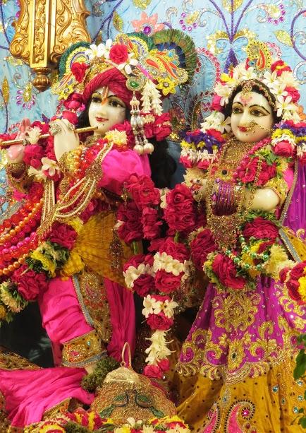 ISKCON Vallabh vidhyanagar Deity Darshan 04 jan 2017 (13)