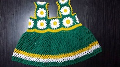 green granny square baby dress 03
