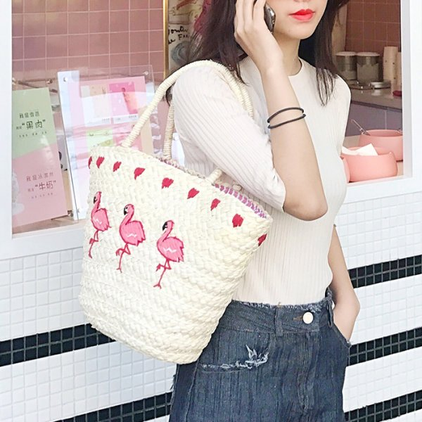 THE AMAZING STRAW BAGS FOR WOMEN IN THIS SESSION OF SUMMER 1