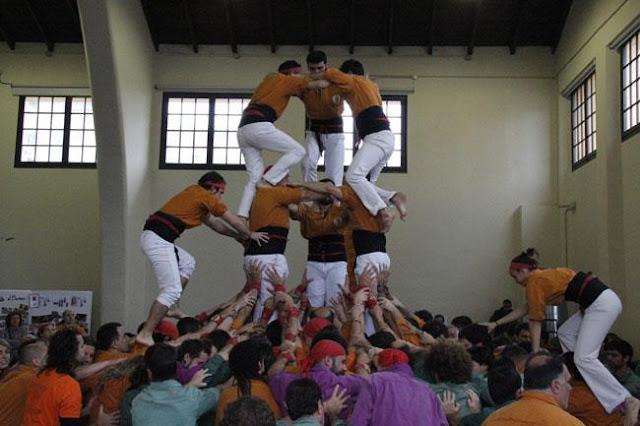 Diada Sagals dOsona 2011 01 - 100000832616908_735299.jpg