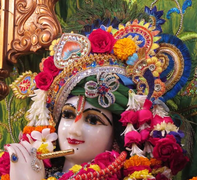 ISKCON Vallabh vidhyanagar Deity Darshan 10 jan 2017 (7)