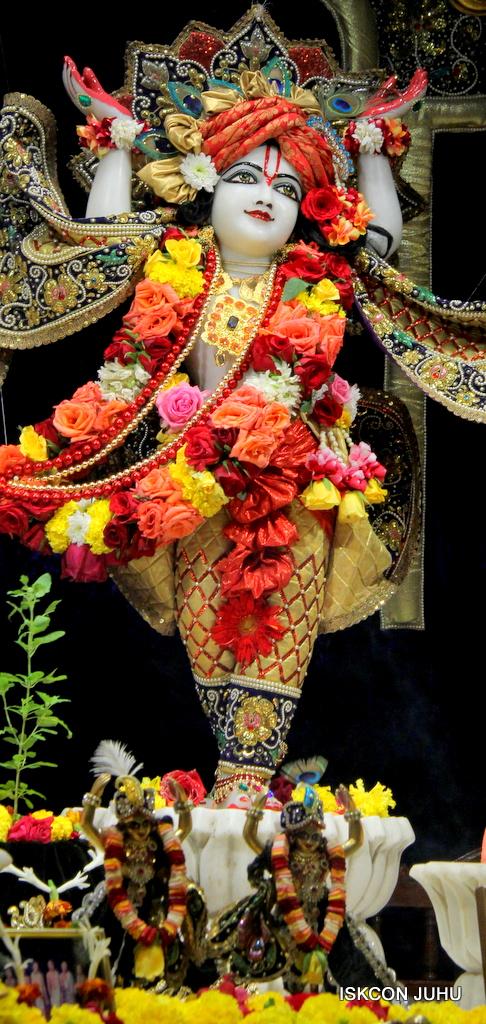 ISKCON Juhu Sringar Deity Darshan on 24th September 2016 (47)