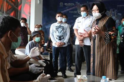 Mensos Risma Masukkan Gelandangan Jakarta Kerja di Perusahaan BUMN