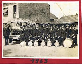 1963 links neben der Alten Feuerwache.jpg