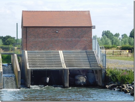 4 power at pershore lock