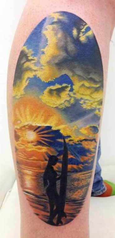 pr_do_sol_deslumbrante_do_mar_perna_tatuagem