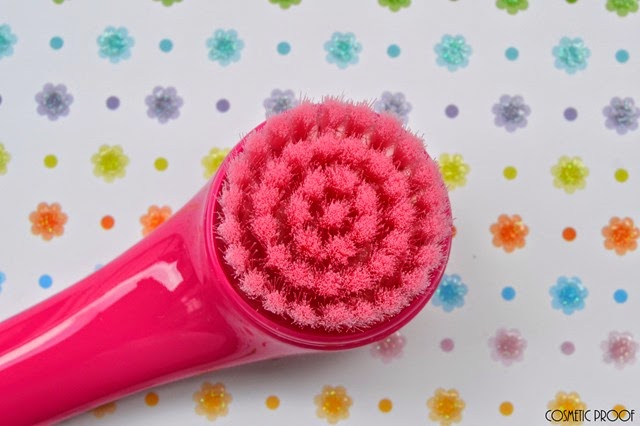 Sephora Cleaning Me Softly Facial Cleansing Brush Review (3)