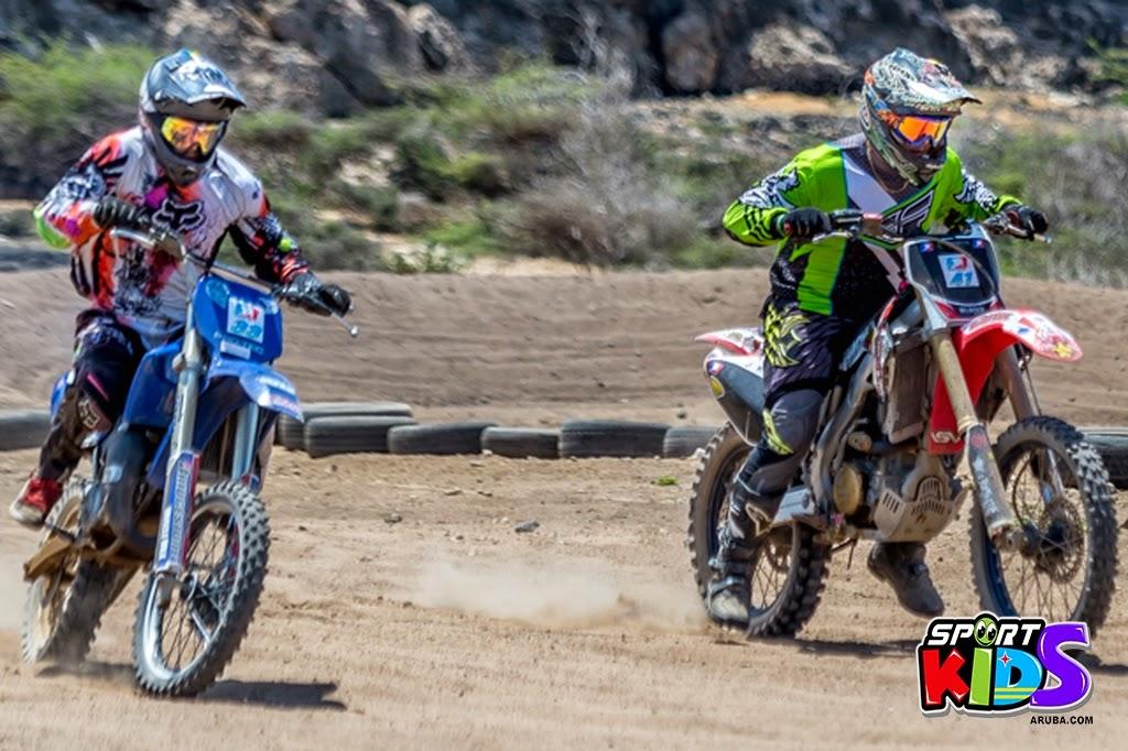 extreme motorcross Aruba - moto%2Bcross%2BGrape%2Bfiled%2BApril%2B2015-65.jpg