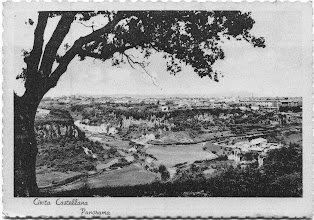 Photo: Panorama della città sulla Valle del Treia. Prima metà '900 [Per gentile concessione di Luigi Cimarra].