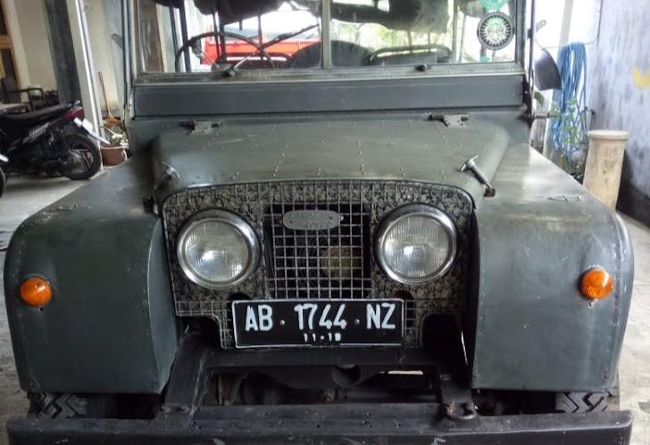 Bodi Land Rover Seri 1 Dijual Karungan, Setara Brio Baru