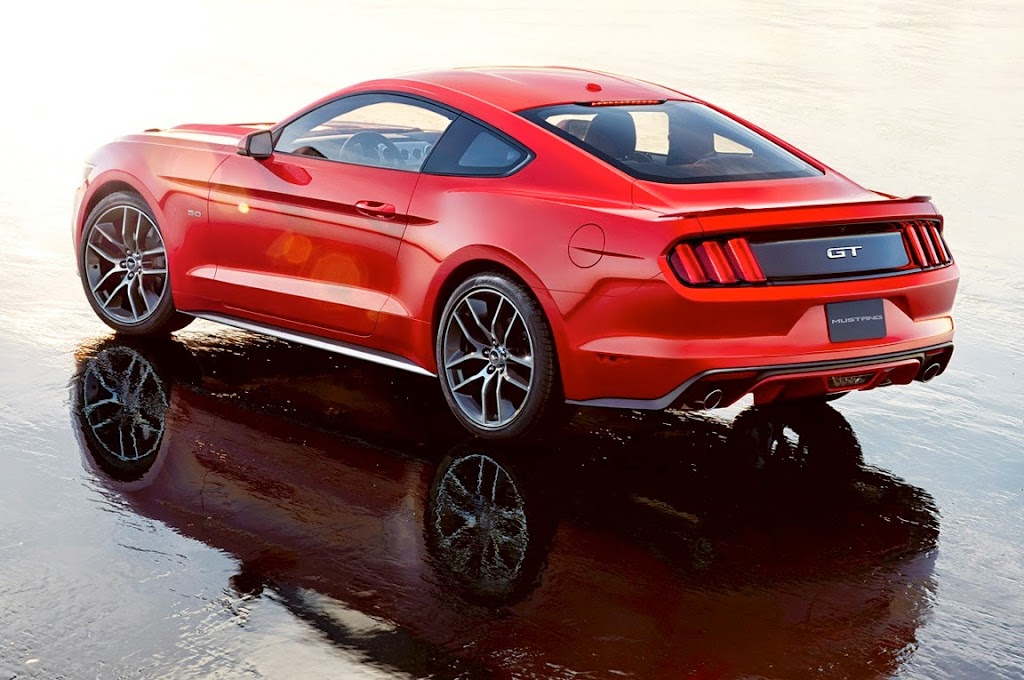02 2015 Ford Mustang 1