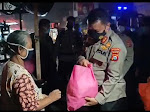 Gelar Patroli Skala Besar, Polda Banten Bagikan 7500 Paket Sembako