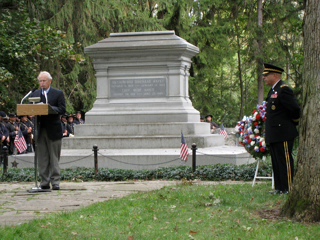 Honoring President Rutherford B. Hayes at his gravesite.