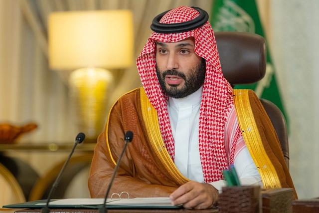 """El ex jefe de inteligencia saudita dijo que el príncipe Mohamed bin Salman fraguó un plan para asesinar al rey con """"un anillo ruso"""""""