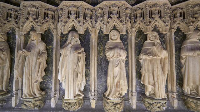 Sepulcro Catedral Pamplona