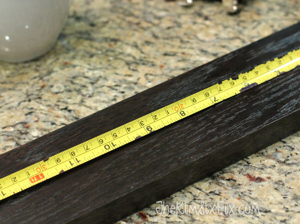 Measuring wooden board