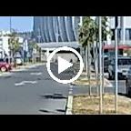 (VDL Bus) Marco Polo van Arena Centar rijdt weg van het Arena Centar in Kroatië