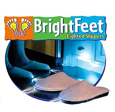 Pantofole con luci LED, ecco le Bright Feet Lighted Slippers – Recensione
