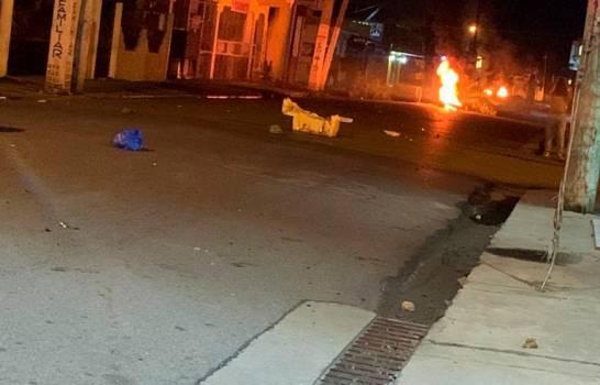 Un comerciante herido de bala en el inicio de una huelga por 48 horas en Bonao