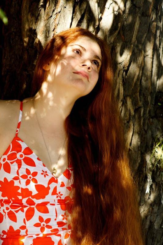 redhead girl LONG HAIR FAIRY TAIL