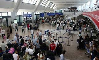 Les émigrés font le bilan de leurs vacances au pays La sécurité est rétablie, le reste ne suit pas