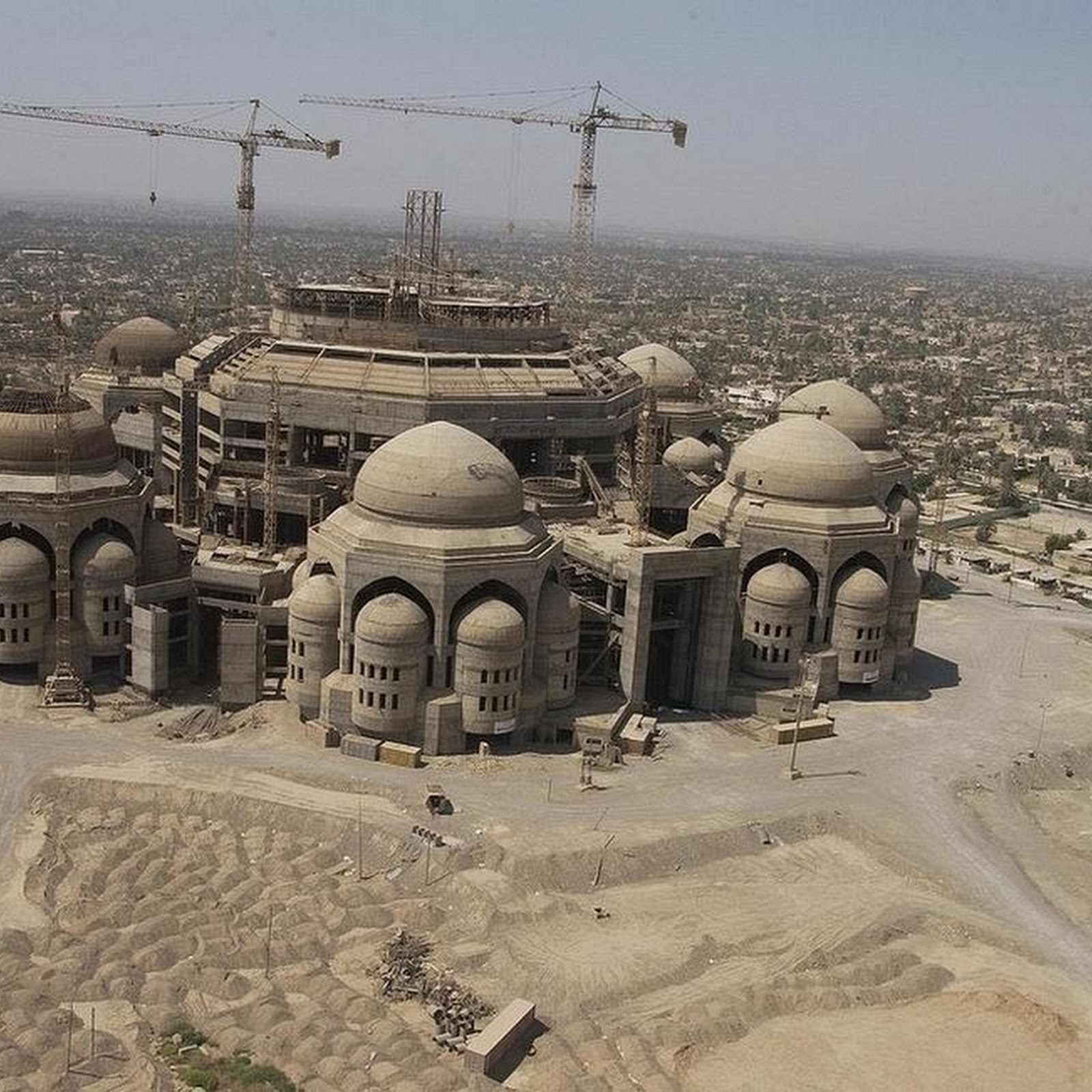 Saddam Hussein's Unfinished Mosques