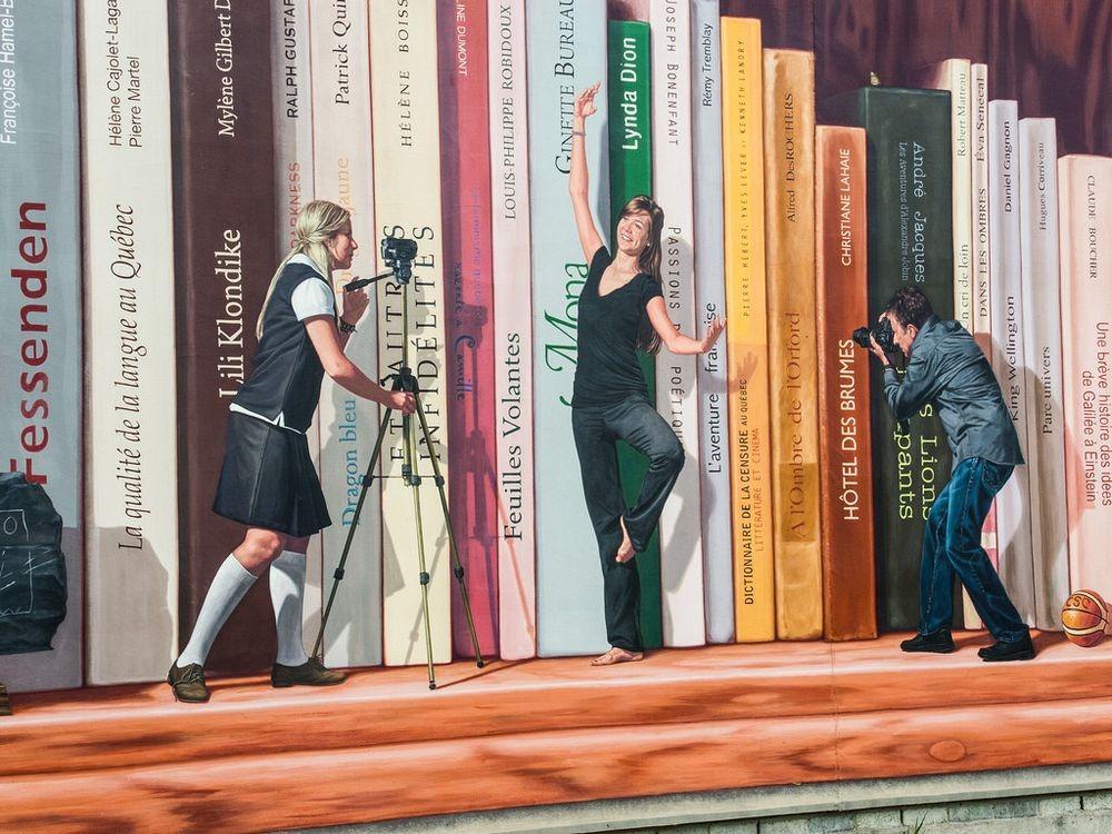 murals-sherbrooke-bookshelf-2