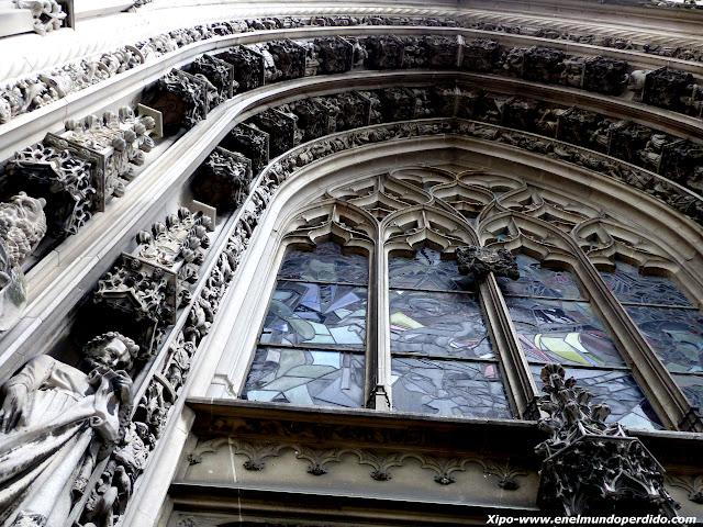 portico-catedral-lausana.JPG