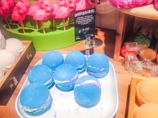 Lush Leicester Summer Sneak Peek Frozen Bath Bomb