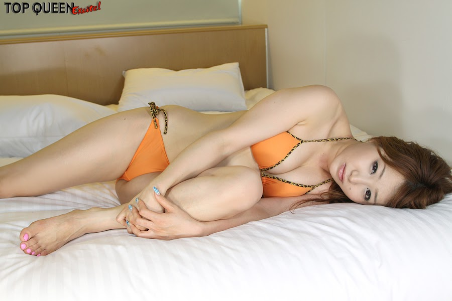 Yurika Aoi - Japanese Race Queen and Gravure Idol